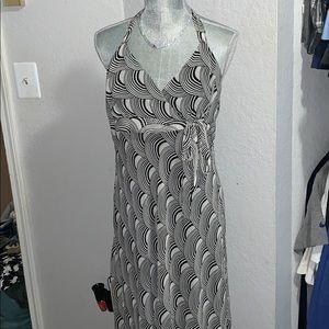 🌸!! 4 for $15 !!🌸TRIXXI- Halter hi-low Dress-L💕